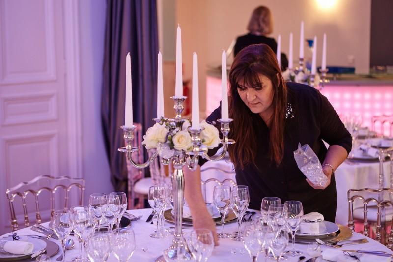 Christine Raiga propose des formations thématiques : art floral, décoration de table, etc.